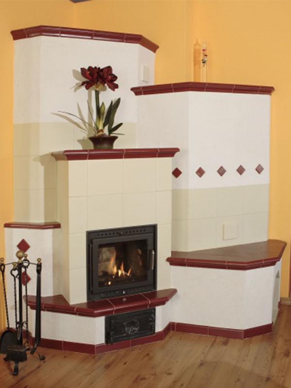 klassik stílusú krém és rubinvörös színű 5kW-os kandalló