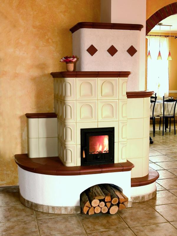klassik stílusú cappuccino és pergamen színű 5kW-os kandalló