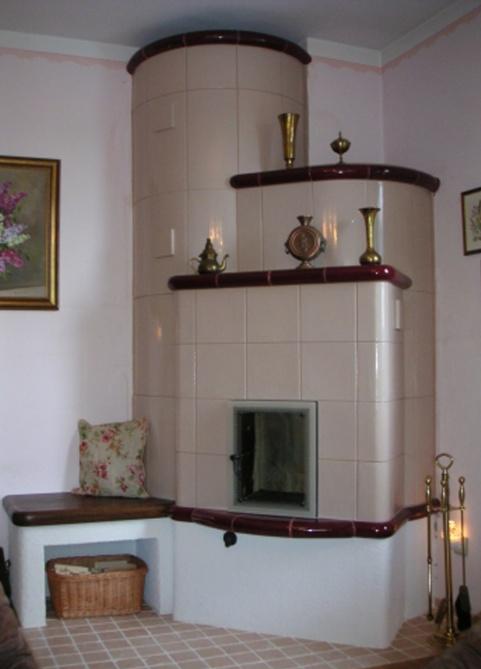 klassik stílusú kandalló meggybordő és barackvirág színben