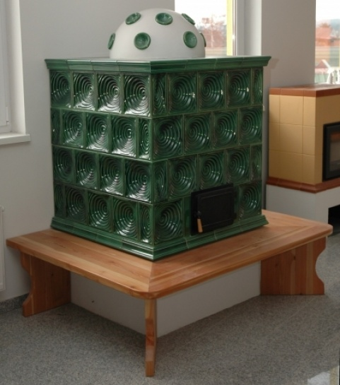 klassik stílusú 3 kW-os fűzöld színű kandalló fa paddal