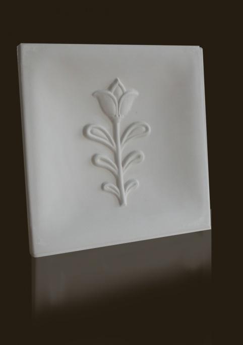 gótikus tulipán mintás csempe